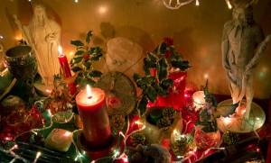 Yule hulst en kaarsen
